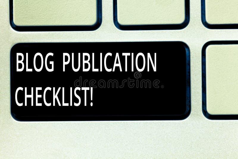 Pisać nutowej pokazuje blog publikacji liście kontrolnej Biznesowej fotografii pokazuje actionable rzeczy spisuje w publikować bl fotografia stock