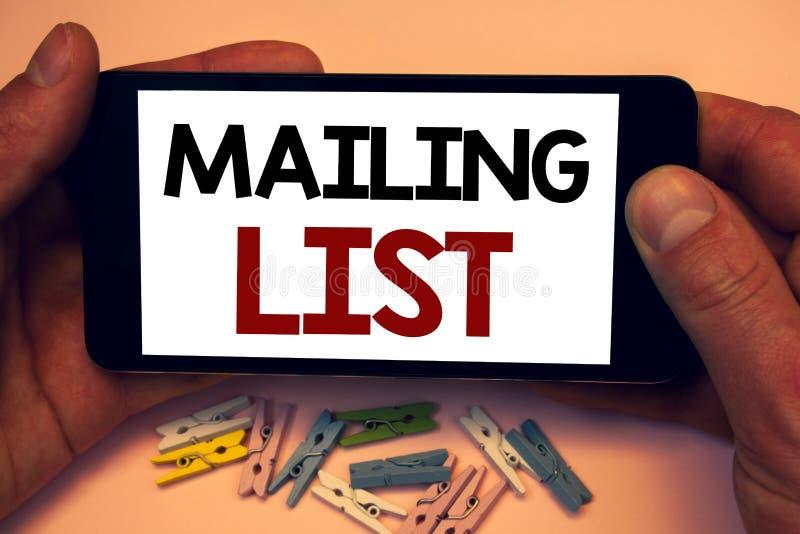 Pisać nutowej pokazuje opancerzanie liście Biznesowych fotografiach pokazuje imiona i adresy ludzie ty iść wysyłać coś obrazy royalty free
