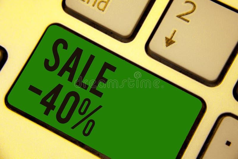 Pisać nutowej pokazuje sprzedaży 40 Biznesowa fotografia pokazuje A promo cenę rzecz przy 40 procentów markdown klawiatury zielen ilustracji