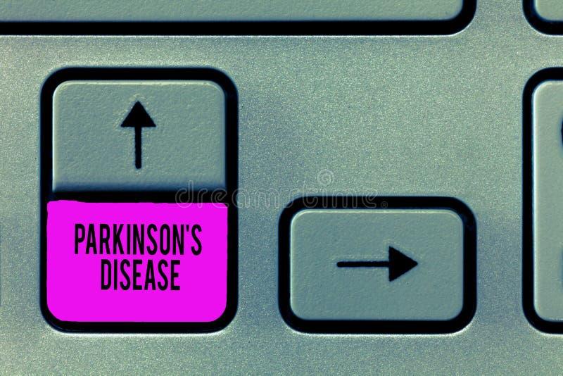 Pisać nutowym pokazuje Parkinson s jest chorobą Biznesowa fotografia pokazuje układu nerwowego nieład który wpływa ruchu fotografia stock