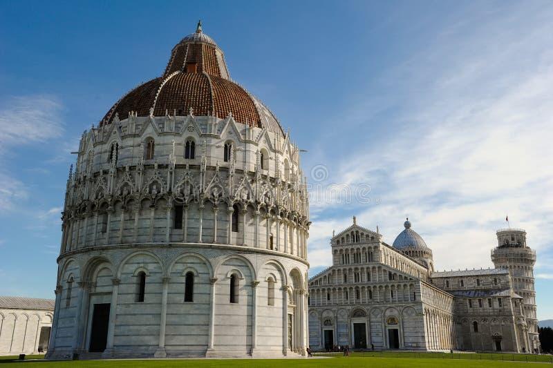 Pisa Bapistery arkivfoton