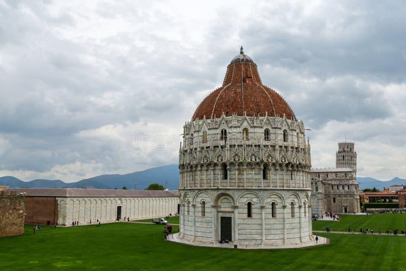 Pisa Baptistery of St John lizenzfreie stockfotografie