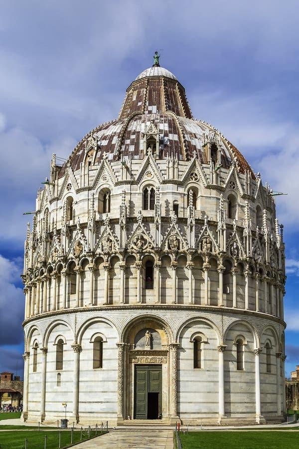Pisa baptysterium, Włochy fotografia royalty free
