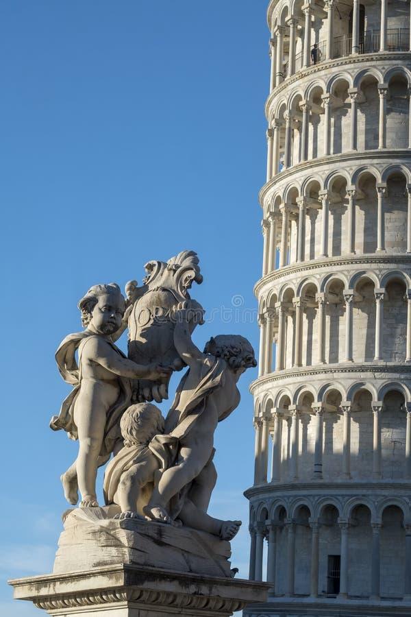 Pisa, dei Miracoli da praça, quadrado famoso da catedral imagens de stock royalty free