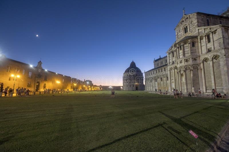 Pisa, dei Miracoli da praça, quadrado famoso da catedral fotografia de stock royalty free