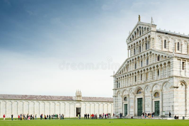 Pisa domkyrka och torn, Italien royaltyfria bilder