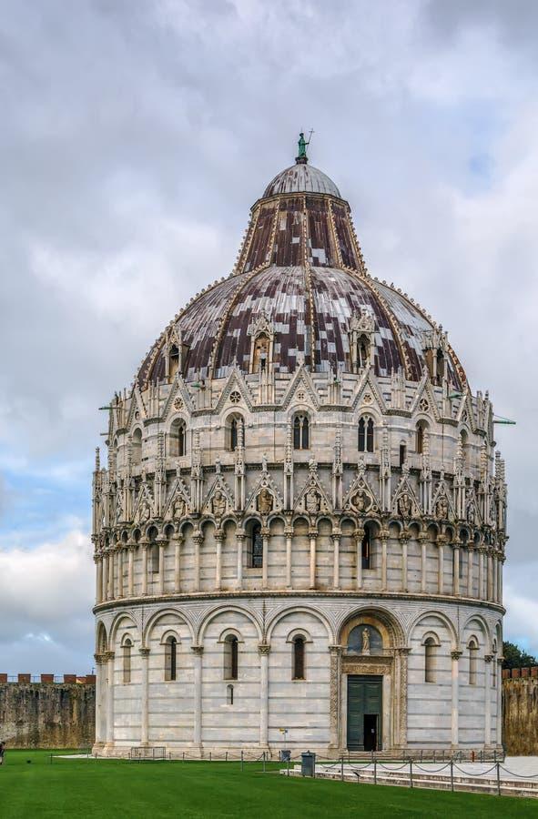 Pisa dopkapell, Italien royaltyfria bilder