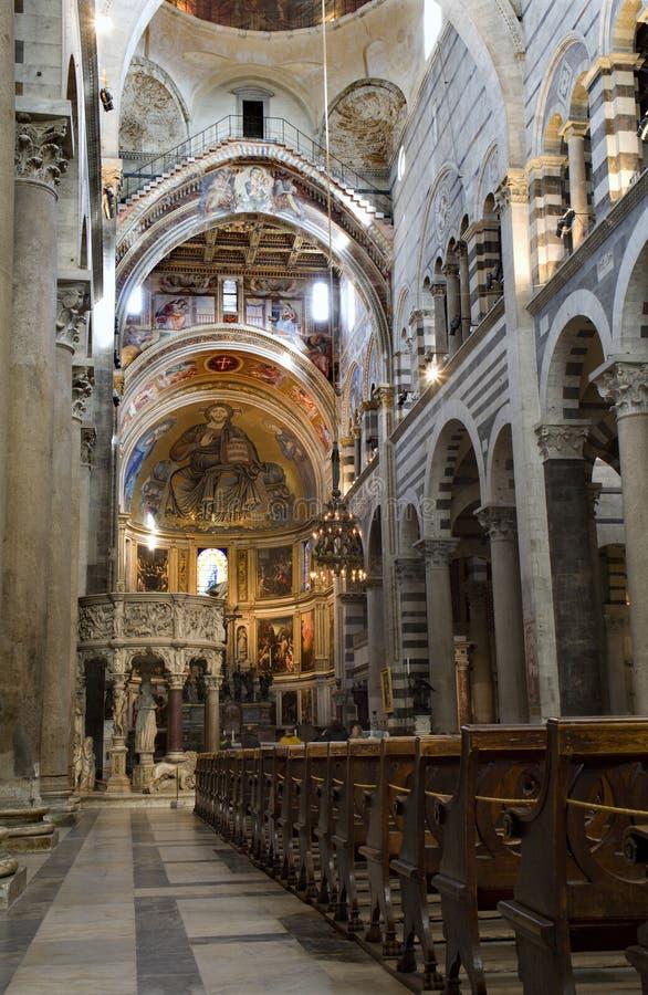 Pisa - interior de la catedral fotos de archivo
