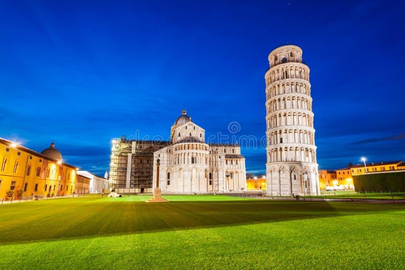 Pisa lutande torn i Italien arkivfoton
