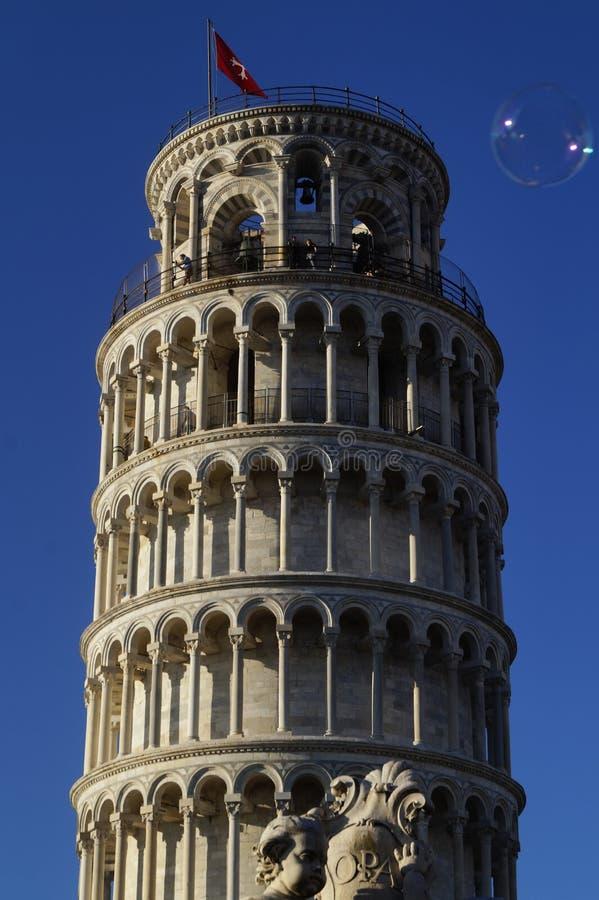Pisa torn och bubbla arkivfoto