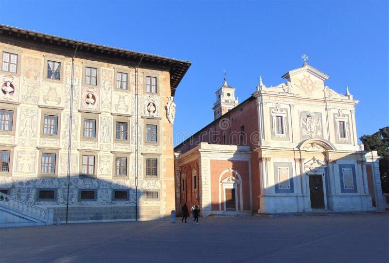 Pisa Tuscany Italien Fyrkantig piazzadei Cavalieri för riddare arkivbilder