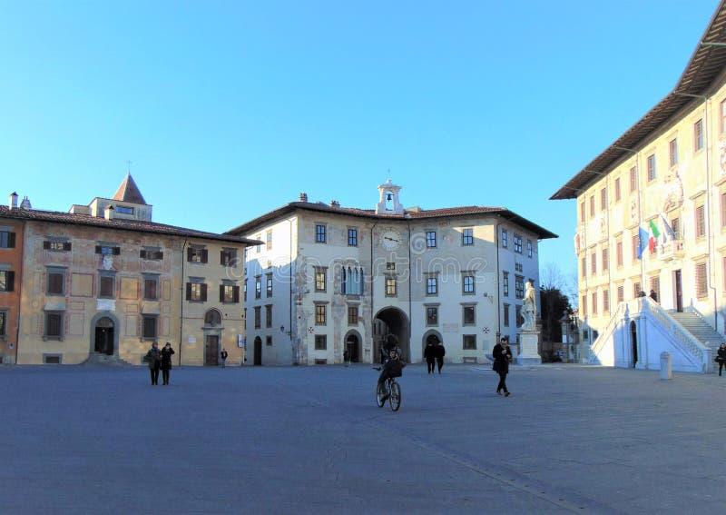 Pisa Tuscany Italien, fyrkantig piazzadei Cavalieri för riddare på solnedgången arkivfoto