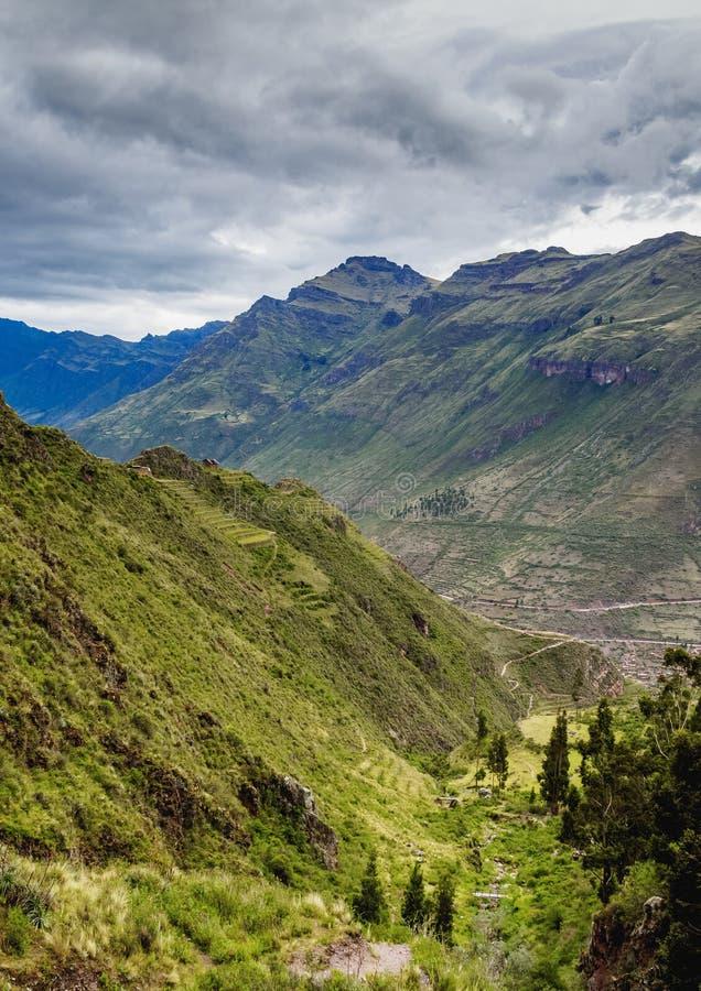 Pisac i den sakrala dalen, Peru royaltyfria bilder