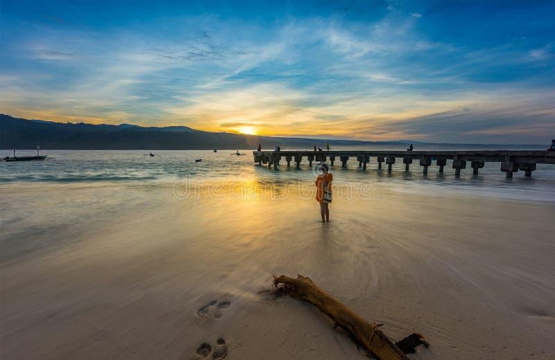 Pisang do pulau do nascer do sol fotos de stock royalty free
