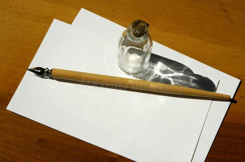 Download Pisanie jest zdjęcie stock. Obraz złożonej z papier, butelka - 34906
