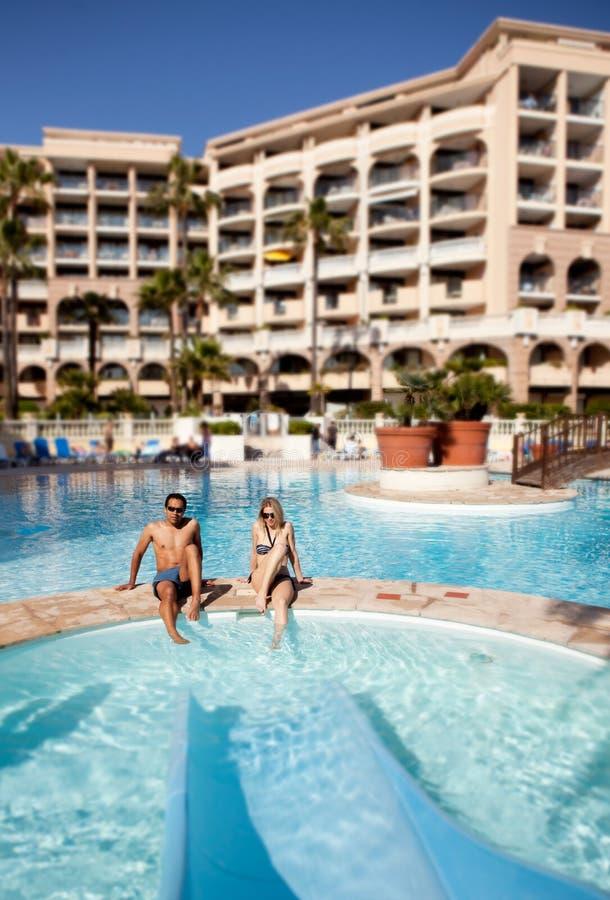 Piscina del hotel fotografía de archivo