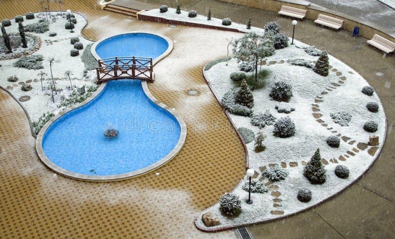 Piscina del invierno imágenes de archivo libres de regalías