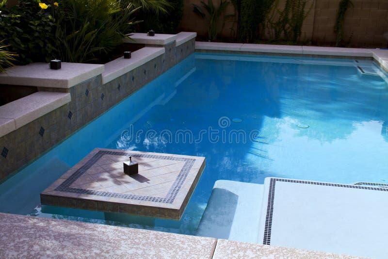 Piscina do recurso de férias foto de stock royalty free