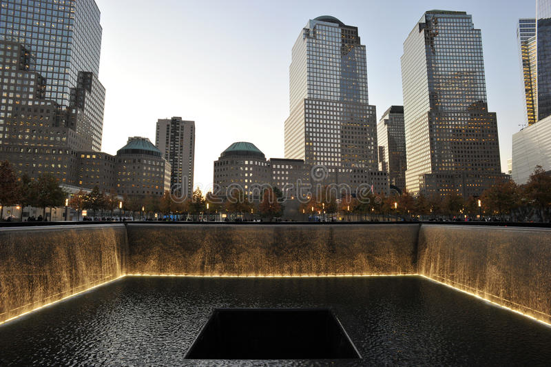 Piscinas conmemorativas en el monumento nacional del 11 de septiembre