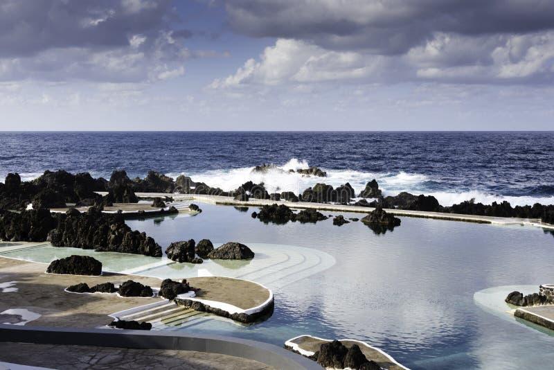 Piscinas naturales en oporto moniz madeira foto de for Portugal piscinas naturales