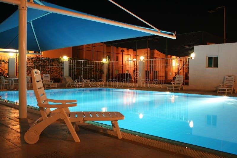 piscine allumée photos stock