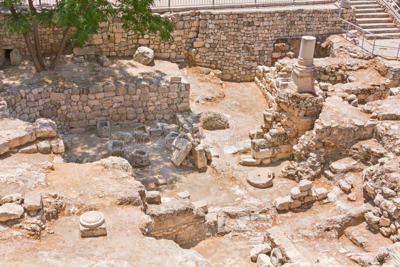 Piscine antique des ruines de Bethesda dans la vieille ville de Jérusalem image libre de droits