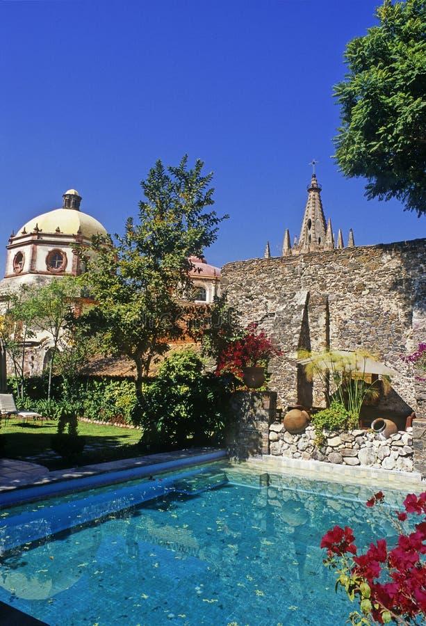 Piscine dans San Miguel photographie stock libre de droits