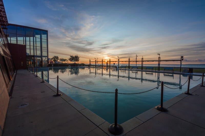 Piscine de réflexion de lever de soleil de Burlington Ontario photos stock
