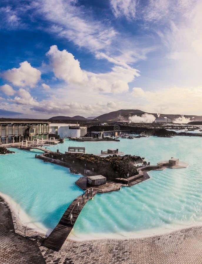 Piscine géothermique extérieure de lagune bleue, Islande photos libres de droits