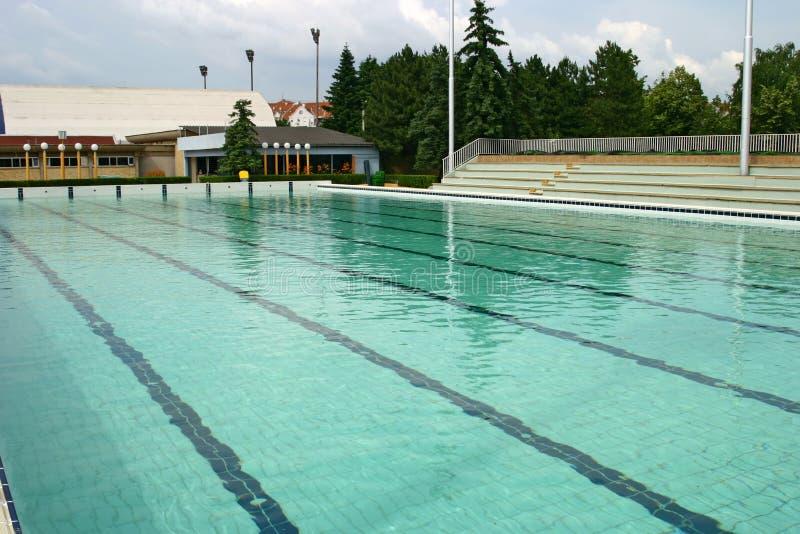 Piscine olympique photo stock