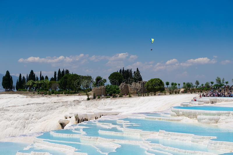 Piscines et terrasses de travertins de Pamukkale Denizli, Turquie Site naturel de Hot Springs photos libres de droits