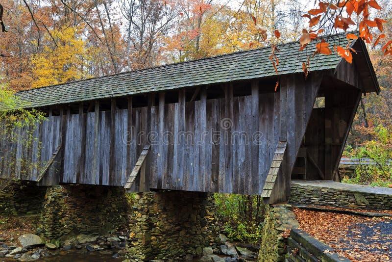 Pisgah-überdachte Brücke lizenzfreie stockfotografie