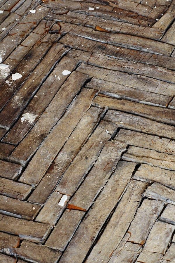 Piso de entarimado de madera agrietado imagen de archivo