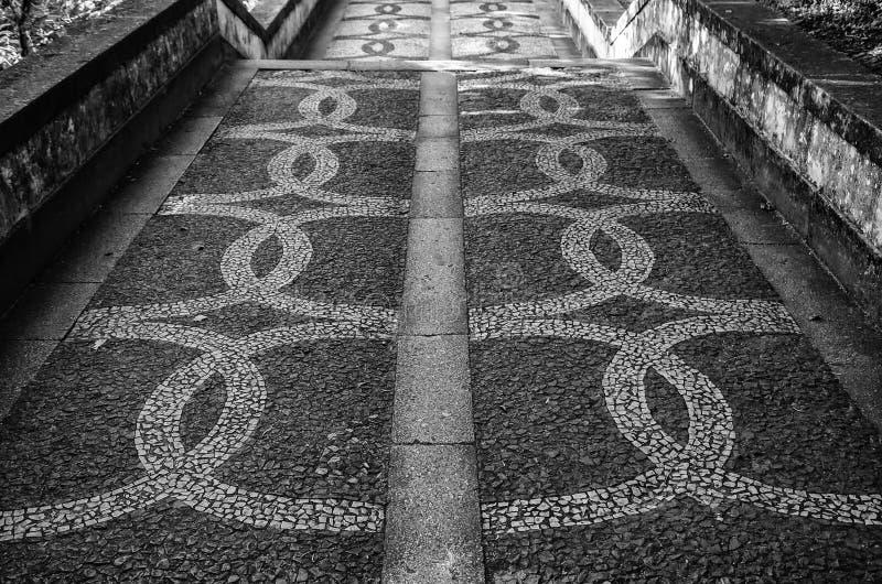 Piso de piedra t?pico de Lisboa foto de archivo libre de regalías