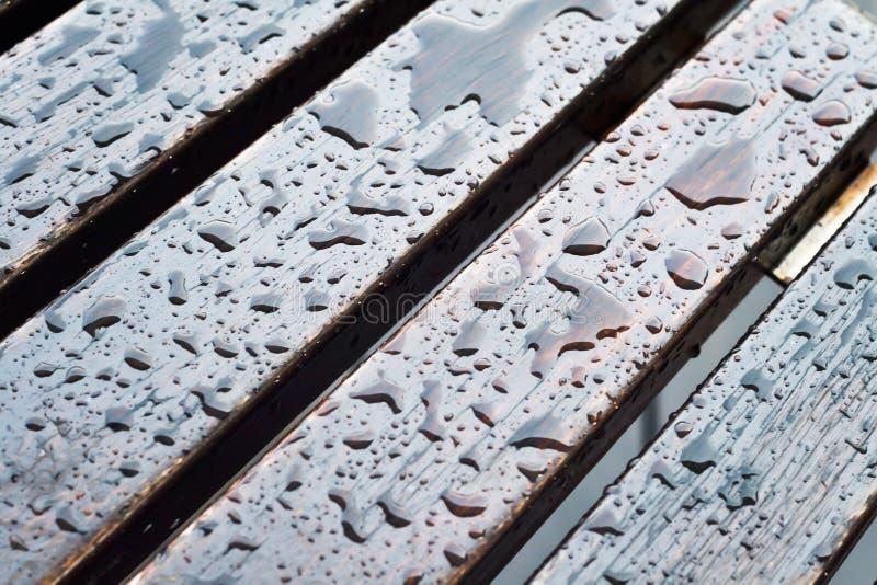 Pisos de madera mojados imágenes de archivo libres de regalías