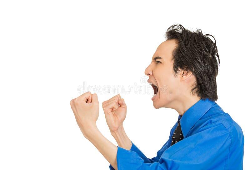 Pissé homme d'entreprise grincheux fâché contrarié fol criant photo libre de droits