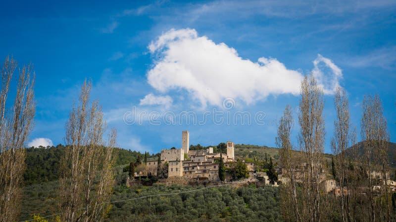 Pissignano女低音村庄在翁布里亚意大利 库存图片