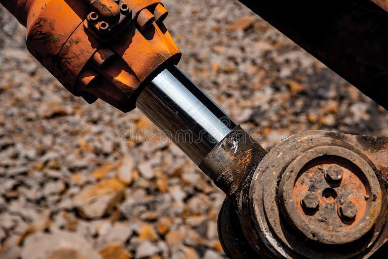 Pistão pneumático para tecnologia de máquinas Máquina de fixação para elevação da carga e das forças hidráulicas fotografia de stock royalty free