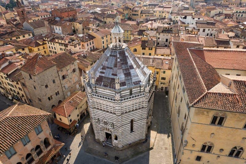 Pistóia Italia - baptisterio de San Giovanni imágenes de archivo libres de regalías