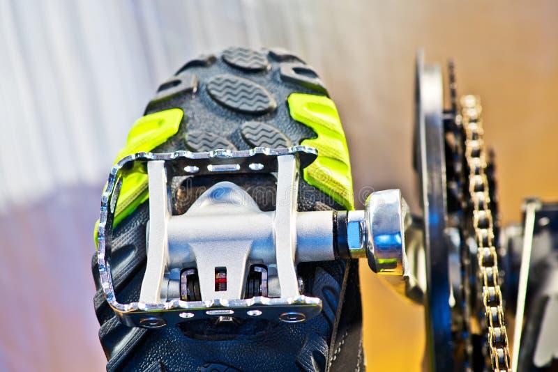 Pista ciclabile con il pedale fotografia stock