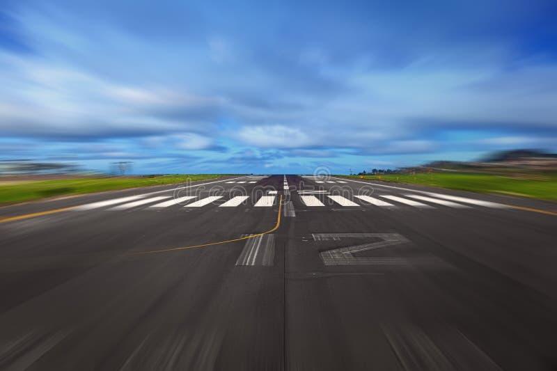 Pista de decolagem do aeroporto foto de stock