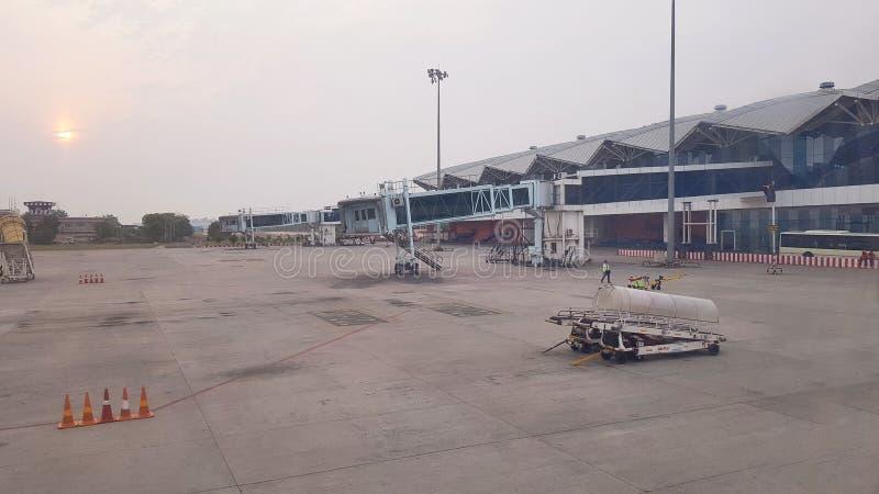 Pista de decolagem do aeroporto de Indore fotos de stock royalty free