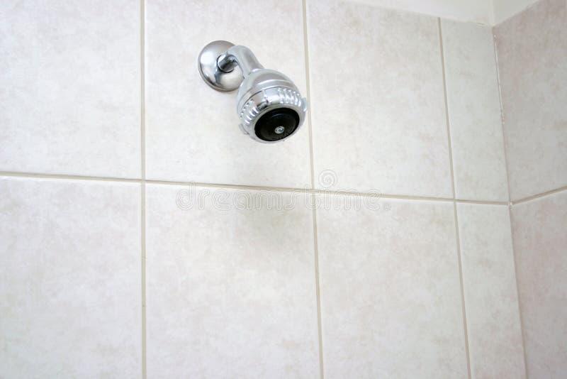 Pista de ducha del cuarto de baño fotografía de archivo libre de regalías
