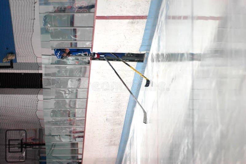 Pista de hockey sobre hielo que entra foto de archivo