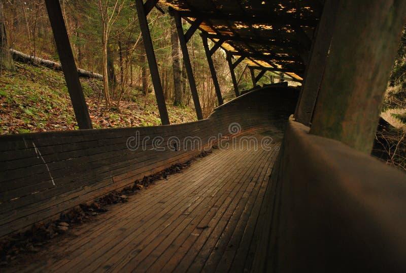 Pista de madera vieja del trineo foto de archivo