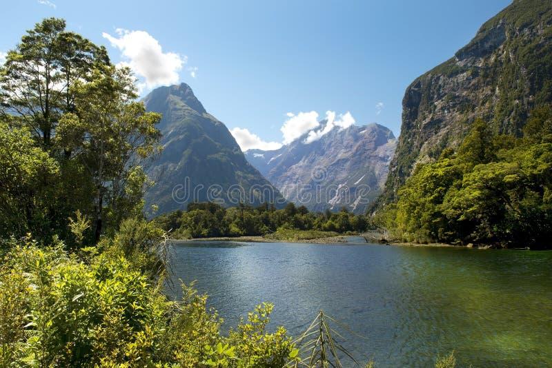 Pista de Milford, paisaje pintoresco, Nueva Zelanda fotografía de archivo libre de regalías