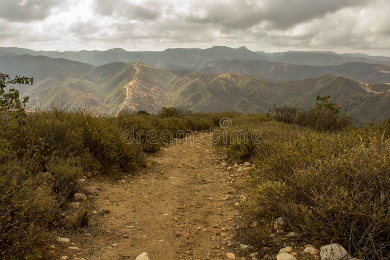 Pista de senderismo dentro del parque del desierto de Caspers fotografía de archivo libre de regalías