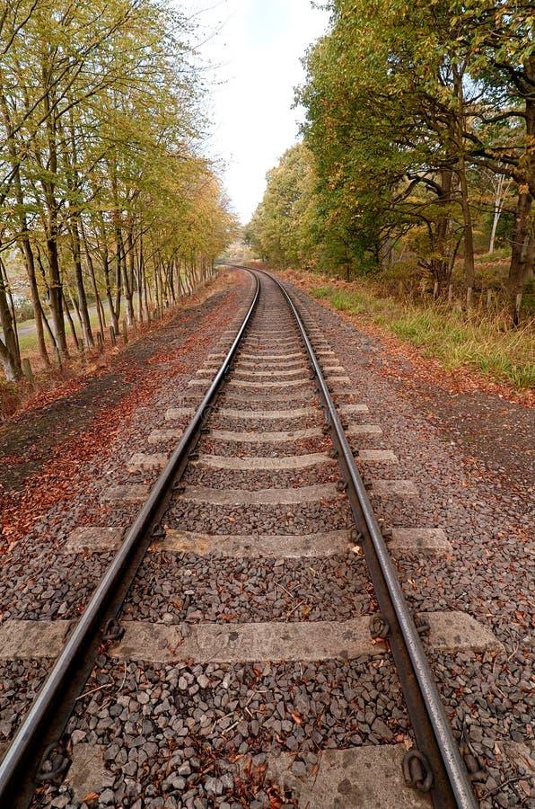 Pista ferroviaria (HDR) fotos de archivo