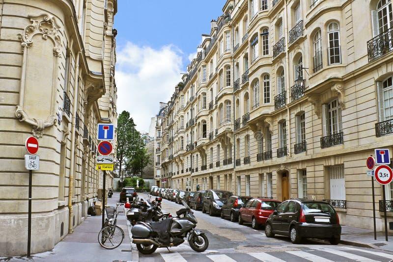 Pista no centro de Paris. imagem de stock