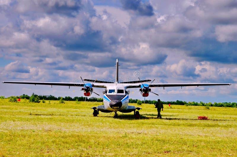 Pista per i piani di piccoli aerei fotografia stock